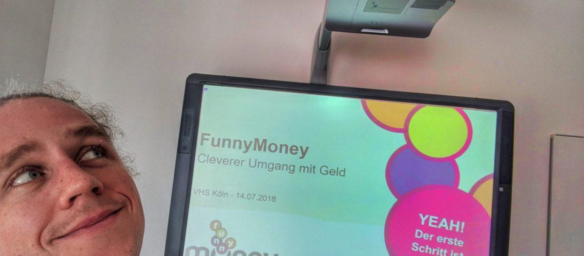 Jacob Risse von FunnyMoney beim Vortrag in der Volkshochschule Köln